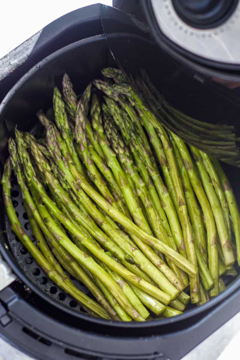 how to cook asparagus in an air fryer