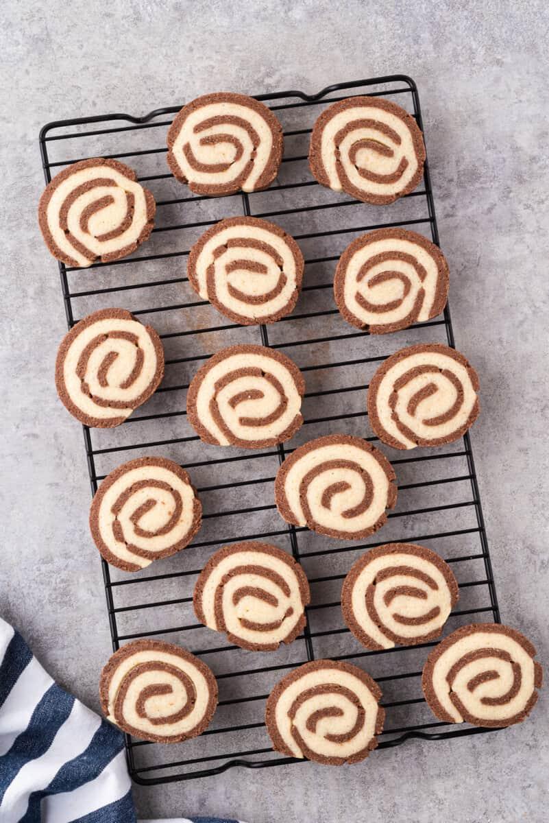 pinwheel cookies on cooling rack