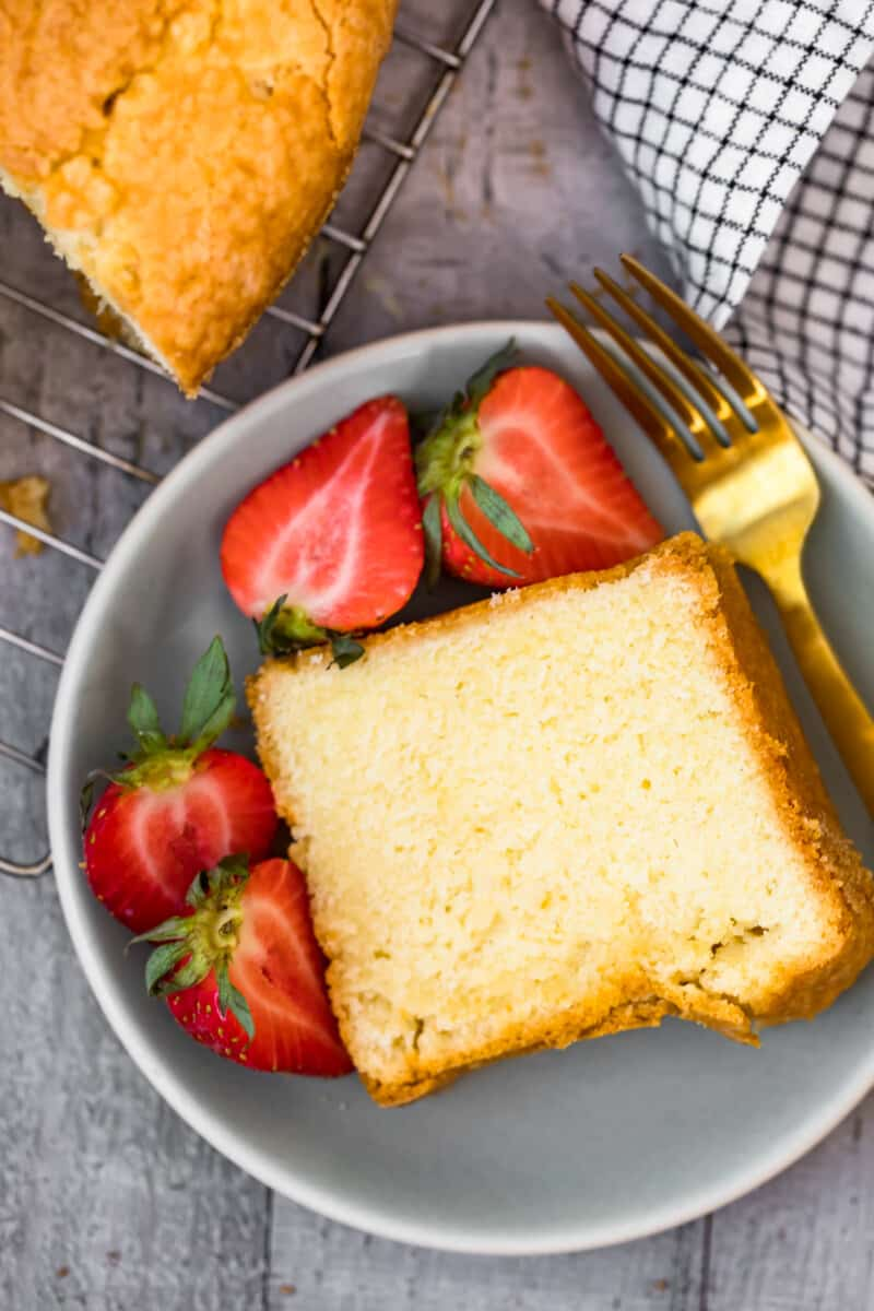plate with slice of pound cake