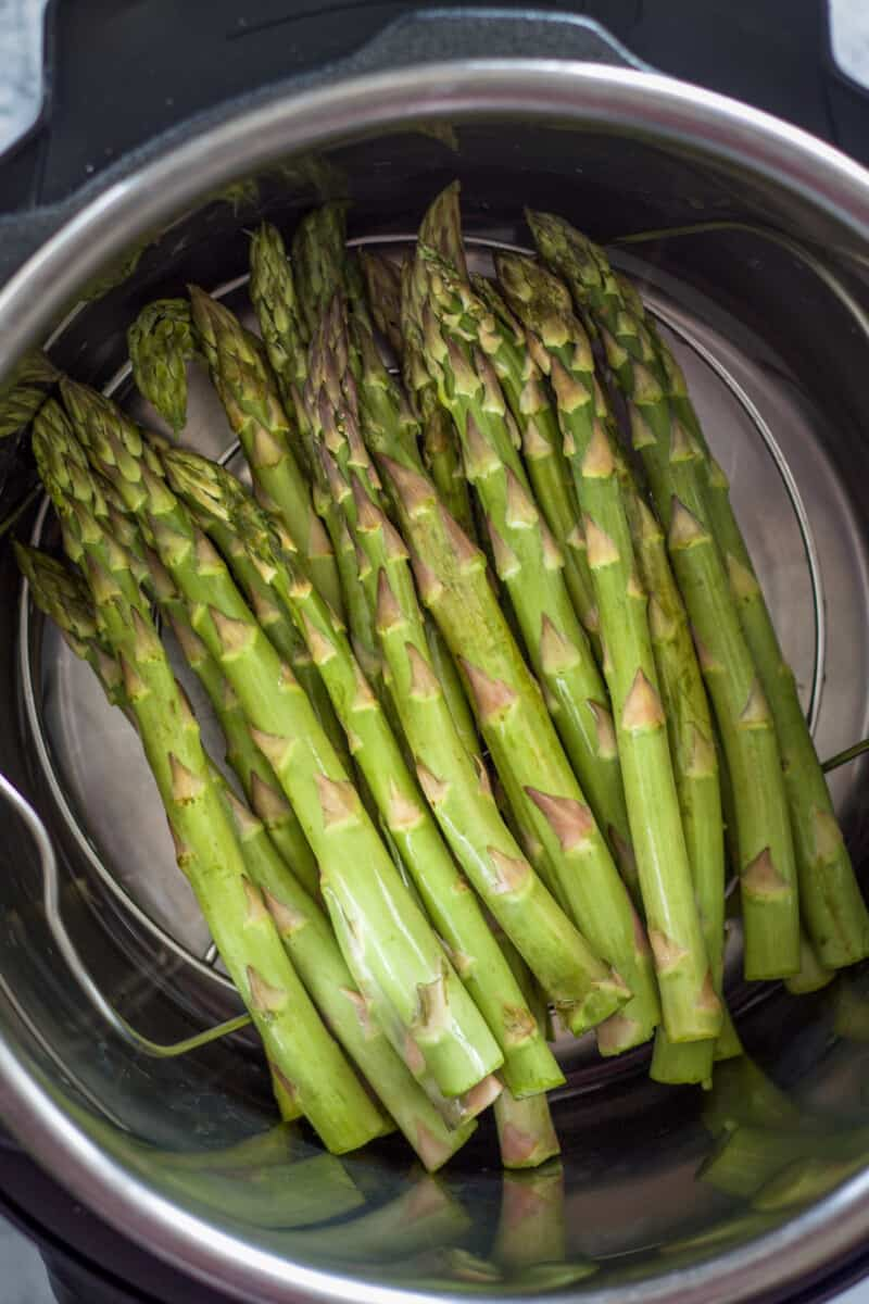 how to cook asparagus in an instant pot