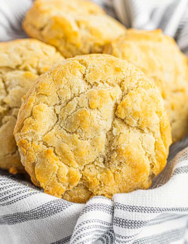 gluten free biscuit in basket