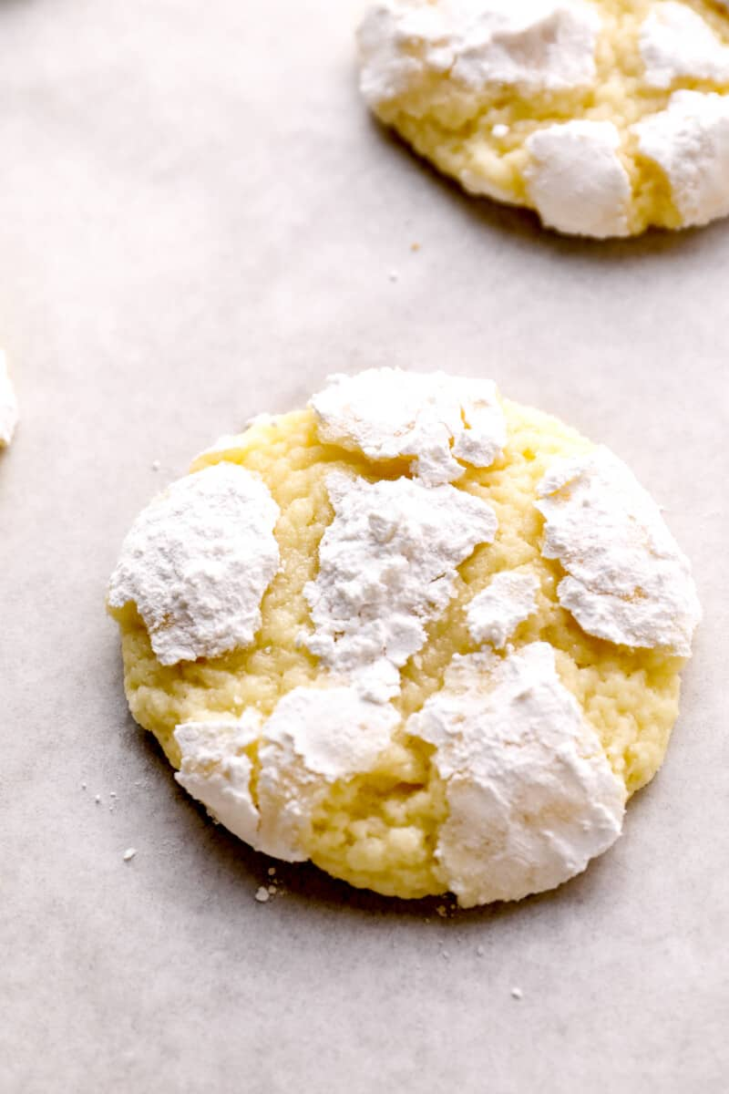 up close gooey butter cookie with powdered sugar