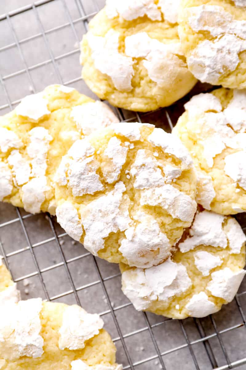 gooey butter cookies with powdered sugar