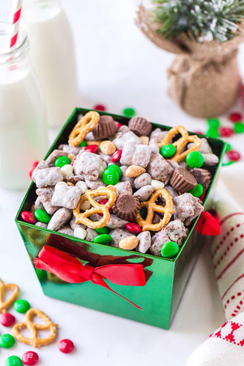 christmas reindeer chow in green box with box