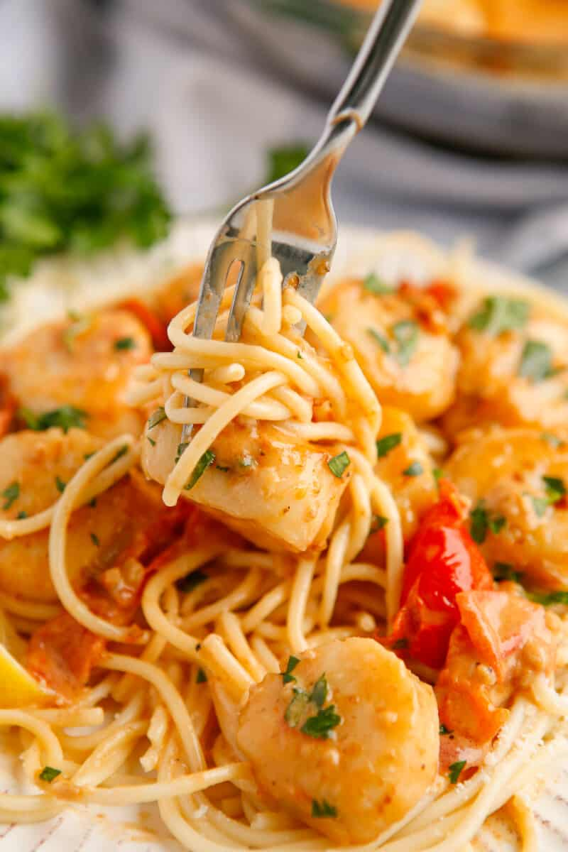 pasta with garlic scallops
