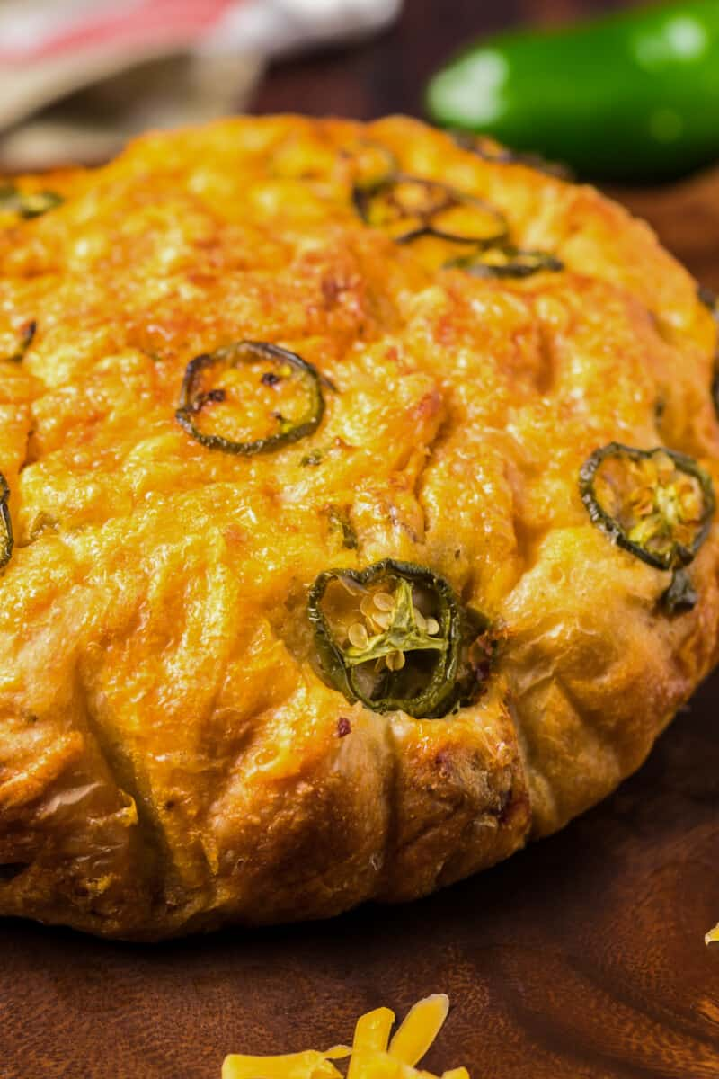 up close dutch oven jalapeno bread