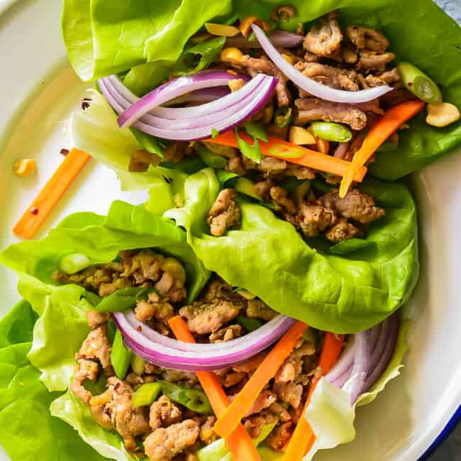 overhead image of turkey lettuce wraps