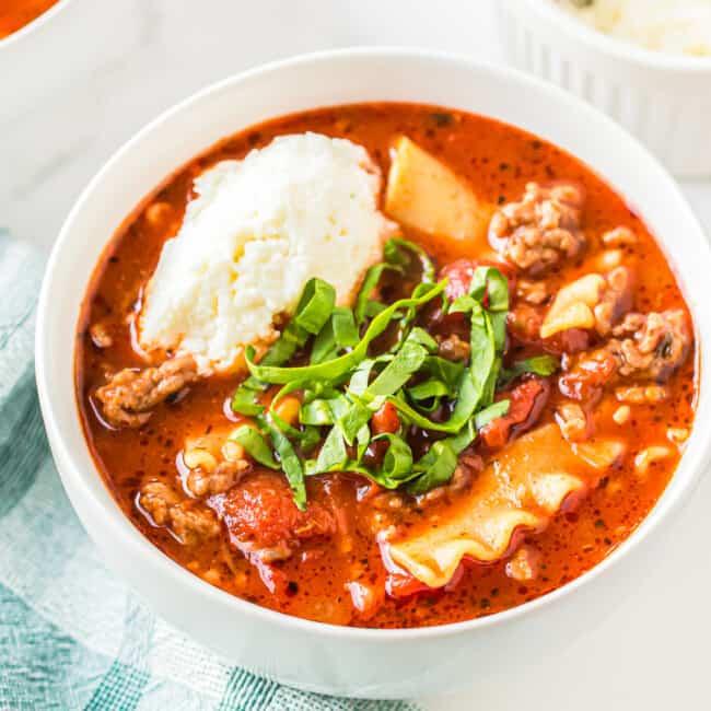 lasagna soup featured image