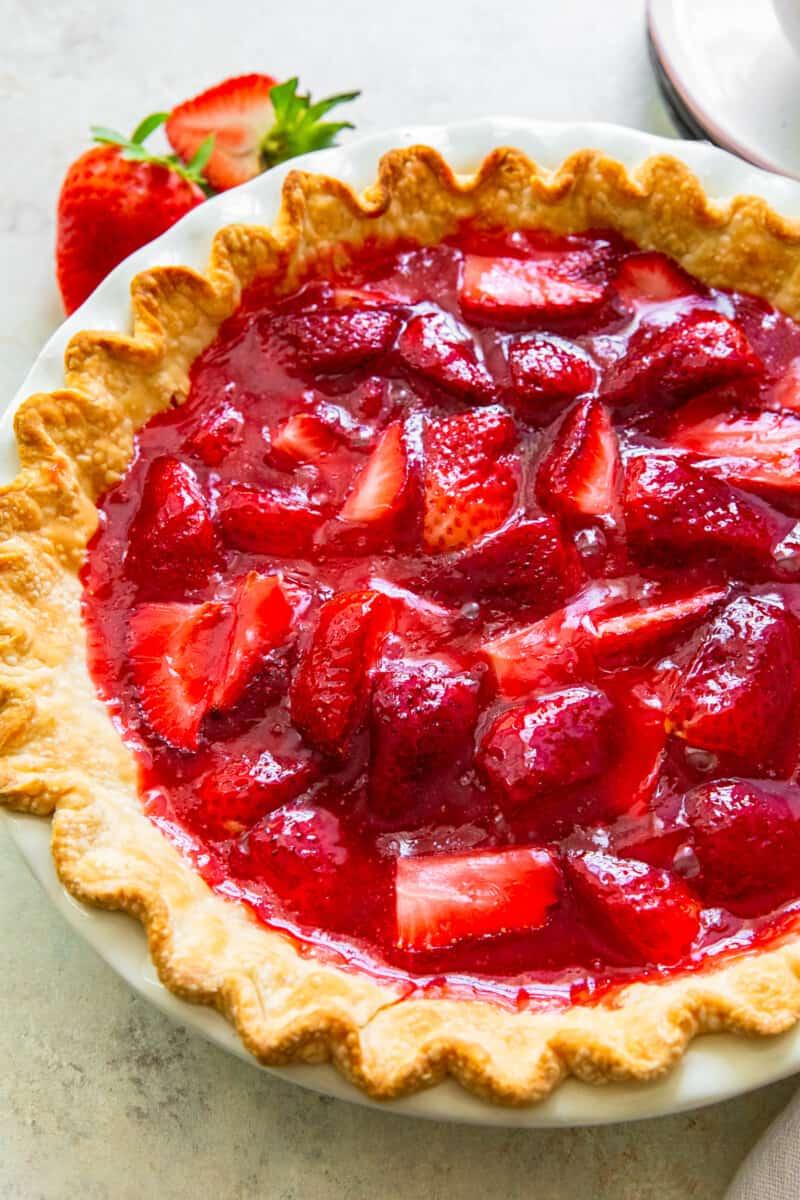 up close strawberry jello pie in pie plate