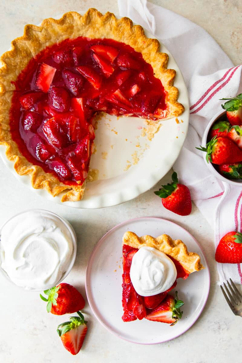 overhead pic of sliced strawberry jello pie