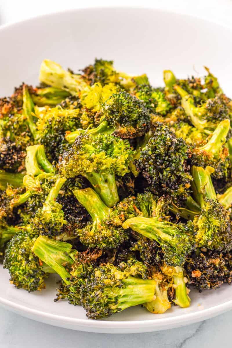 up close air fryer ranch broccoli in bowl
