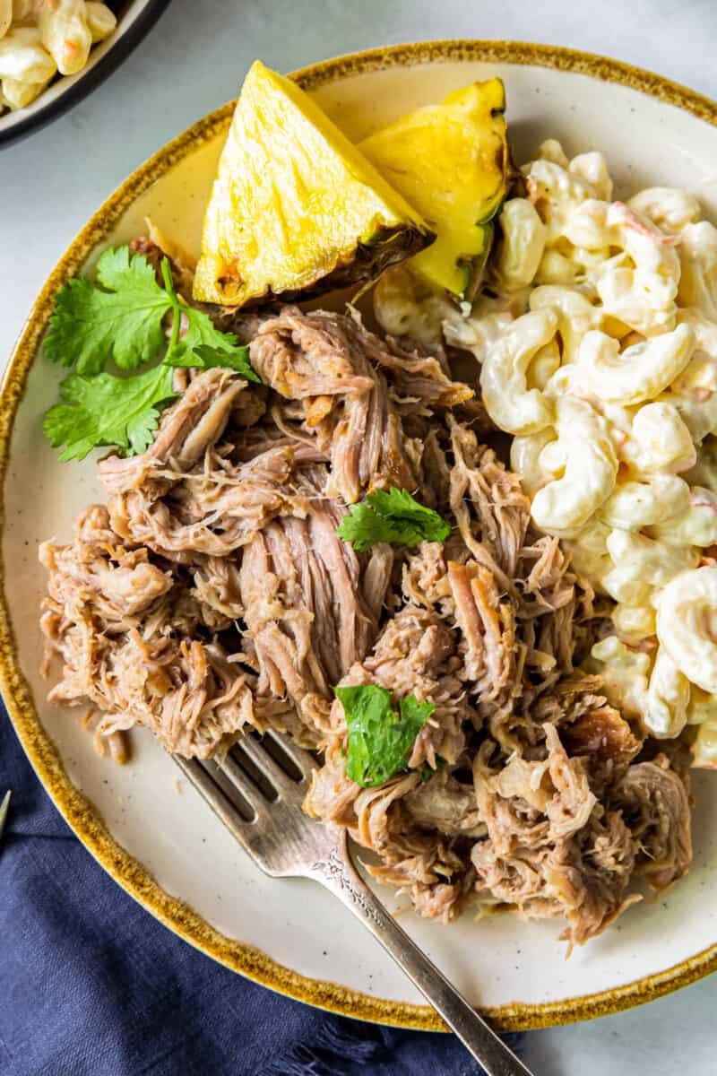 up close plate of kalua pork with macaroni salad
