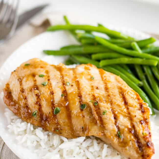 grilled teriyaki chicken with green beans and white rice