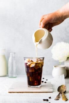 how to make honey almondmilk flat white