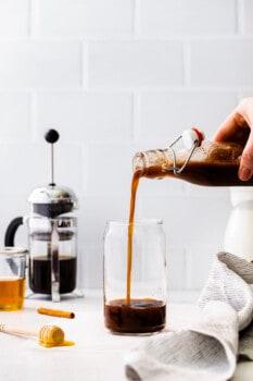 how to make iced honey cinnamon latte