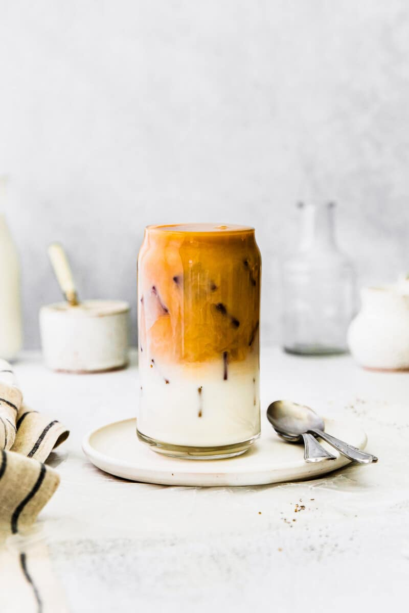 iced chai tea latte in glass cup